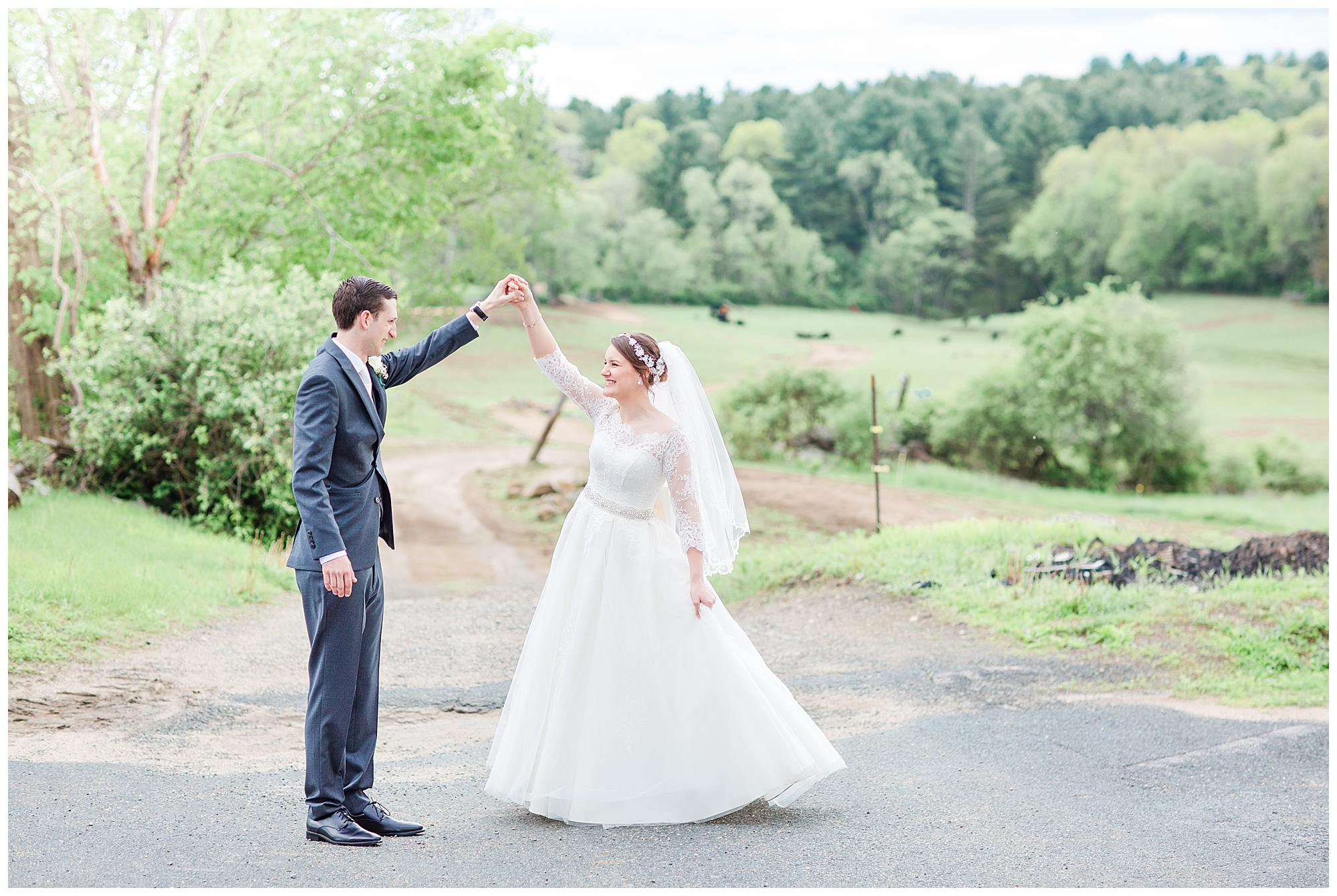 salem cross inn wedding